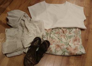 ハワイ旅行(3月の服装)